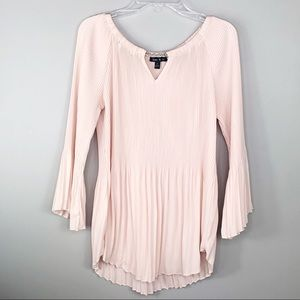 Sami & Jo Light Pink Accordion Bell Sleeve Blouse
